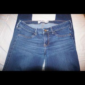 Hollister Jeans - HOLLISTER SKINNY JEANS SIZE 5R